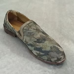 Trask Ali Camo and Stars Loafers